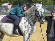 Kartei der Not: Auf dem Pferd lebt Isabella auf