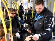 Augsburg: Die Fahrkarten, bitte! Kontrolleure berichten von ihren Erlebnissen
