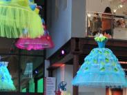 TIM: Augsburger Textilmuseum erhält Sammlung kostbarer Strümpfe