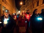 : Tausende demonstrieren gegen Rechtspopulisten