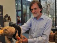 Augsburg: Tierpuppen als Therapie – und zum Flirten