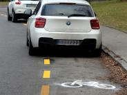 Augsburg: Radler machen Fotos von Autos auf Radweg - 55 Fahrer bekommen Post