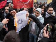 Jerusalem-Streit: Brennende Israel-Flaggen lösen großes Entsetzen aus