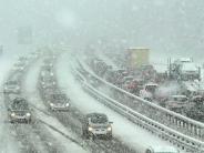 Wetter: Unfälle bei Schnee in Schwaben: Bleibt es so winterlich?