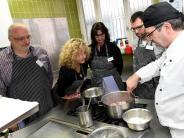 Profiköche kochen mit AZ-Lesern für die...: Kochen mit Profis im Restaurant Die Ecke