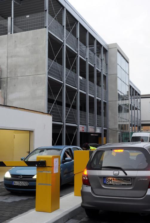 infrastruktur drei mohren ffnet parkhaus lokales augsburg augsburger allgemeine. Black Bedroom Furniture Sets. Home Design Ideas