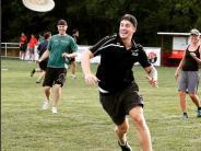 Augsburger Panther: AEV-Stürmer Detsch zerdetscht sich Nase beim Frisbee spielen
