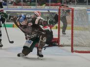 Eishockey: Augsburger Panther schlagen Kölner Haie in Zitterspiel mit 7:4