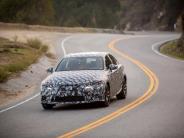 Auto: Dritte Generation des Lexus IS startet Mitte 2013