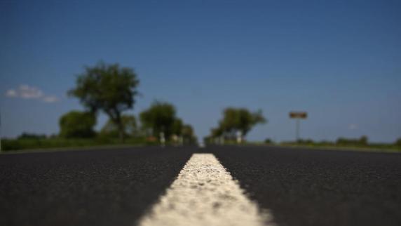 Auto: News & Service: Neue Straßenbeläge verringern Lärm und Abgase