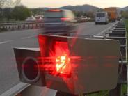 Blitzmarathon 2015: Polizei stoppte beim Blitz-Marathon in Bayern Tausende Raser