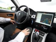 ADAC-Umfrage: Rund jeder Dritte würde selbstfahrende Autos nutzen