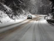 Achtung bei Schnee und Eis: Diese Winterreifen-Regelungen gelten in den Alpen