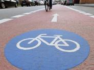 Mal auf, mal neben der Straße: Wo dürfen Radler tatsächlich fahren