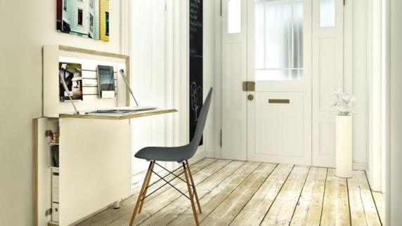 die aktuellen wohntrends aush ngeschild der wohnung flur repr sentativ einrichten bauen. Black Bedroom Furniture Sets. Home Design Ideas