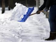 Winterdienst: Schneeräumen: Wann Mieter dazu verpflichtet sind