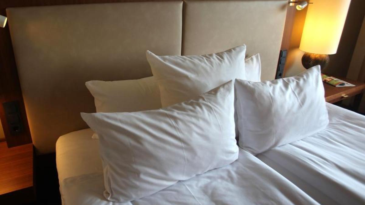 bettw sche pilze und milben warum man bettzeug h ufiger waschen sollte geld leben. Black Bedroom Furniture Sets. Home Design Ideas