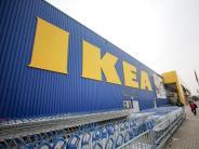 Hyby, Lock und Rinna: Ikea ruft mehrere Deckenleuchten wegen Glasbruchgefahr zurück