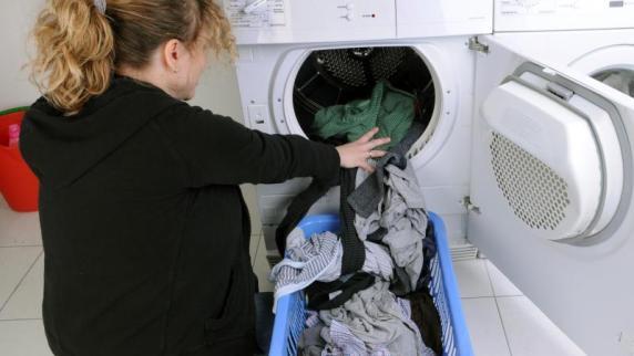 Blick auf Energielabel hilft: Wäschetrockner: Wärmepumpe sorgt für weniger Stromverbrauch