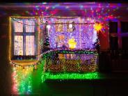 Rentiere und Zimtduft: Weihnachtsdeko in der Wohnung hat Grenzen
