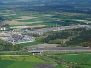 Kreis Augsburg: Stahlwerk-Riese verliert gegen Nachbarn im kleinen Haus