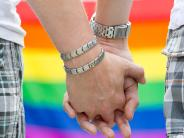 Augsburg: Augsburger Juraprofessor prüft Ehe für alle