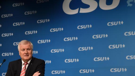 "Horst Seehofer: Machtfrage bei der CSU: ""Irgendwann muss man springen"""