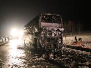 : Schüler fliehen aus brennendem Bus
