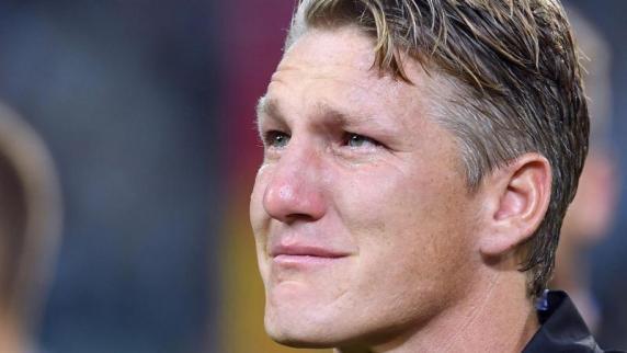 Nationalmannschaft: Abschied mit Tränen: Servus Basti!