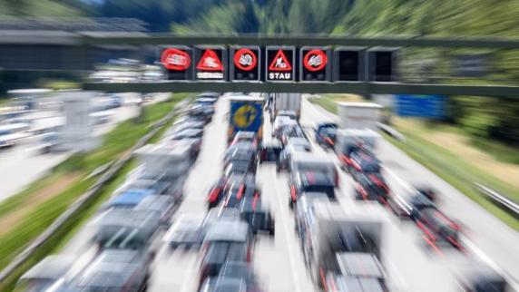 Unterschiedliche Positionen vor Brenner-Gipfel: Verkehrsminister Schmidt hofft auf Lösung