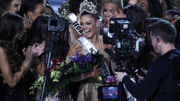 Demi-Leigh Peters aus Südafrika ist die neue Miss Universe