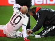 Fußball: Fußballs-Profis leiden unter hoher Belastung
