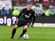 FC Augsburg: Vertrag verlängert: FC Augsburg bindet Philipp Max lange an sich