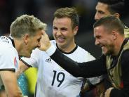 «Feiner, guter Junge»: Podolski macht Götze und Großkreutz Mut