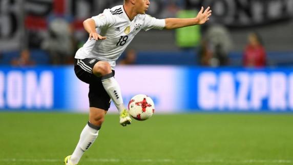 Bayern ohne Neuer nach Asien