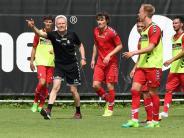 Freiburg vor schwerer Saison: SC-Trainer Streich wartet auf Neuzugänge