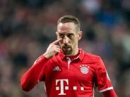 News-Blog: FC Bayern beendet Asien-Reise mit Pleite - Ribéry am Fuß genäht
