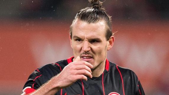 SGE-Kapitän Alex Meier wird erneut operiert