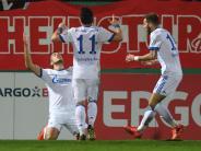 Bundesliga am Sonntag: Schalke will mit Sieg gegen den HSV in der Spitze bleiben