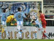 Fußball: Bochum nach 2:0-Sieg bei 1860 im Viertelfinale