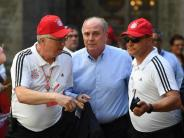 Fußball: Ex-Bayern-Präsident Hoeneß würdigt Guardiola