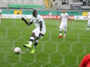 Fußball: Paderborn verpasst Coup:Sandhausen trifft in Nachspielzeit