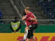 DFB-Pokal: 96 mit lockerem 6:1-Sieg über Düsseldorf im Achtelfinale