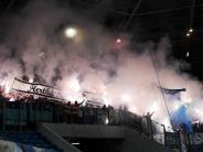 Diskussion um Pyrotechnik: Keine Kollektivstrafen mehr: DFB kommt Ultras entgegen