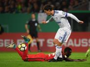 Souveräner Auftritt: Schalke nach Sieg in Wiesbaden ungefährdet im Achtelfinale