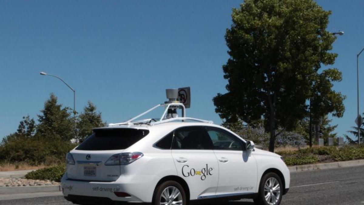 Auto Google Elf Kleinere Unf Lle Mit Selbstfahrenden
