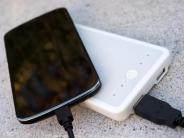Technik: Strom «to go»: Wie Powerbanks arbeiten