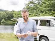 Stellplatzsuche bis Sat-Finder: Hilfreiche Apps und Gadgets für Camper