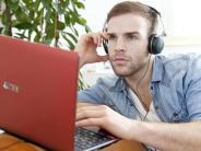 Private Daten schützen: Für die Party-Musik ein eigenes Konto am Rechner einrichten