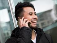 Wenig zahlen, schnell kündigen: Was billige Mobilfunkverträge taugen